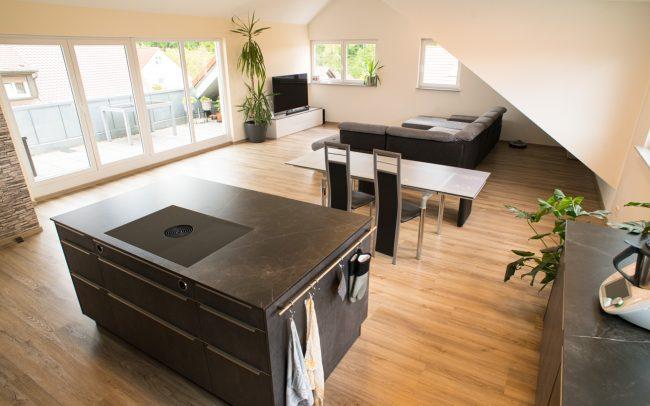 Vinylboden im Wohn- und Küchenbereich